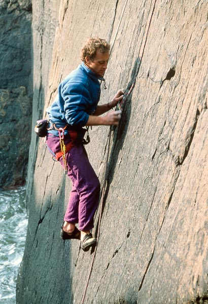 Robin McAllister on the first ascent of The Water Margin (E2) on Portobello. Robin made a significant contribution to Scottish climbing during the 1990s, and is best remembered for his challenging additions to the Southern Highlands, his series of difficult winter repeats and for developing the Galloway sea cliffs. (Photo Andrew Fraser)