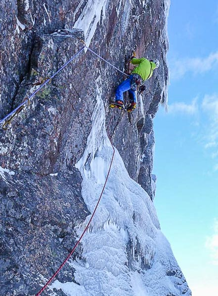 Greg Boswell on the crux pitch of Range War (X,10) on Creag and Dubh Loch. This was the second on-sight Grade X led by Greg in the space of four days and is a significant event in the history of Scottish winter climbing. (Photo Guy Robertson)
